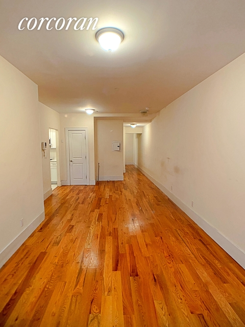 3 Bedrooms, Hell's Kitchen Rental in NYC for $3,790 - Photo 1