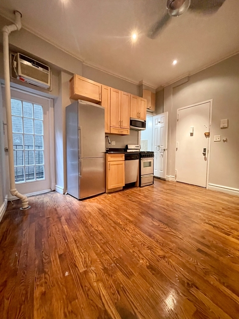 2 Bedrooms, NoLita Rental in NYC for $2,770 - Photo 1