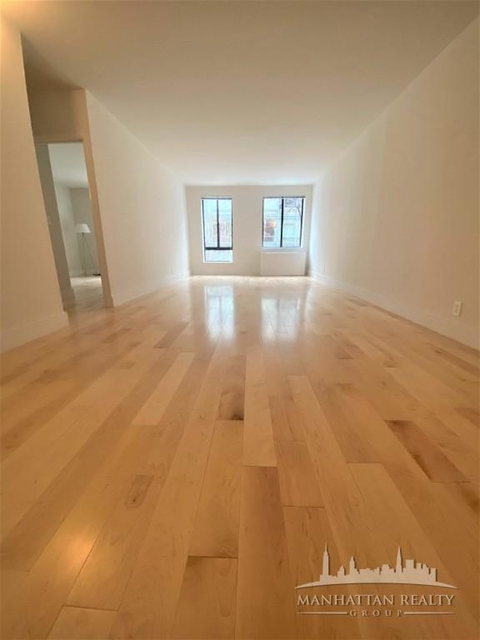 2 Bedrooms, Hell's Kitchen Rental in NYC for $3,450 - Photo 1