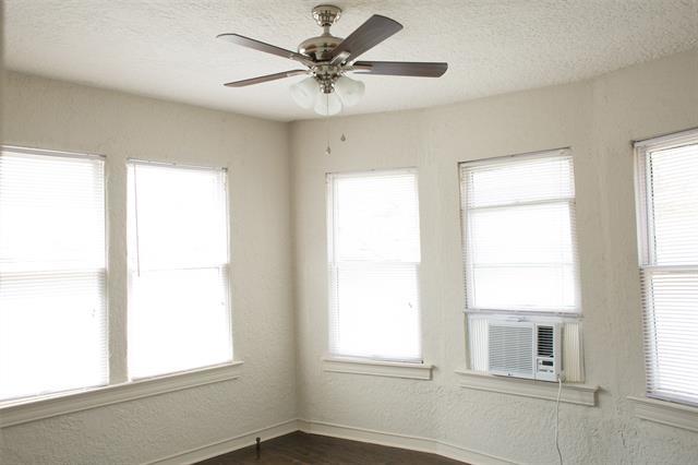 Studio, North Oaklawn Rental in Dallas for $900 - Photo 1