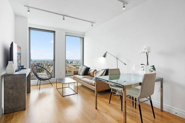 1 Bedroom, Williamsburg Rental in NYC for $4,950 - Photo 1