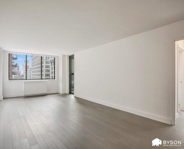 2 Bedrooms, Greenwich Village Rental in NYC for $4,788 - Photo 1
