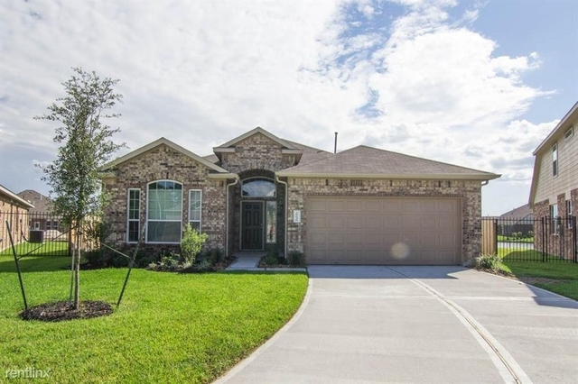 3 Bedrooms, Southeast Montgomery Rental in Houston for $2,020 - Photo 1