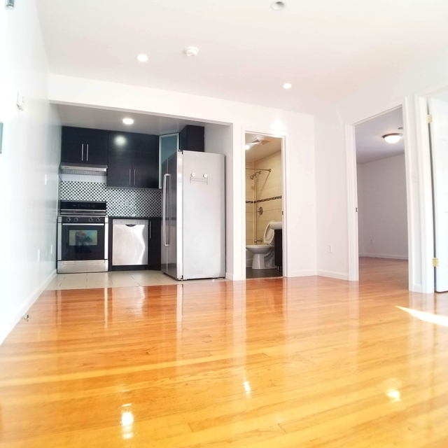 2 Bedrooms, Bushwick Rental in NYC for $2,049 - Photo 1