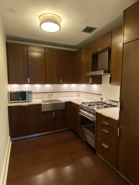 Studio, Lincoln Square Rental in NYC for $2,710 - Photo 1