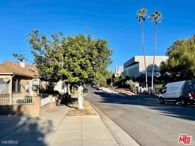 2 Bedrooms, Westwood Rental in Los Angeles, CA for $2,875 - Photo 1