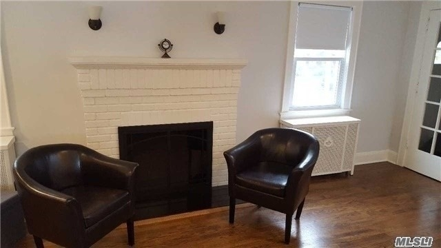3 Bedrooms, Floral Park Rental in Long Island, NY for $3,500 - Photo 1