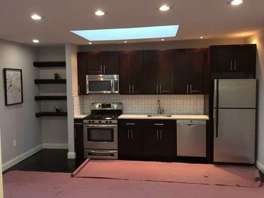4 Bedrooms, Bushwick Rental in NYC for $2,600 - Photo 1