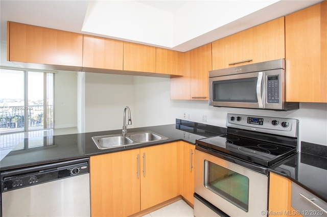 2 Bedrooms, Seaport Rental in Miami, FL for $2,100 - Photo 1