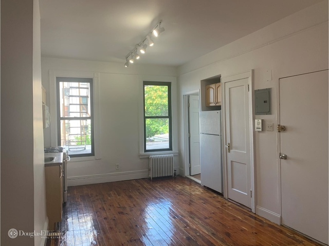 2 Bedrooms, Sunset Park Rental in NYC for $1,900 - Photo 1