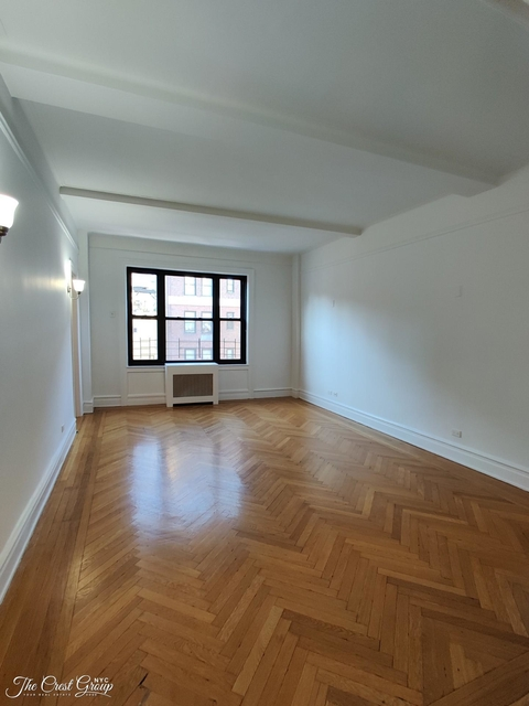 3 Bedrooms, Upper East Side Rental in NYC for $7,334 - Photo 1