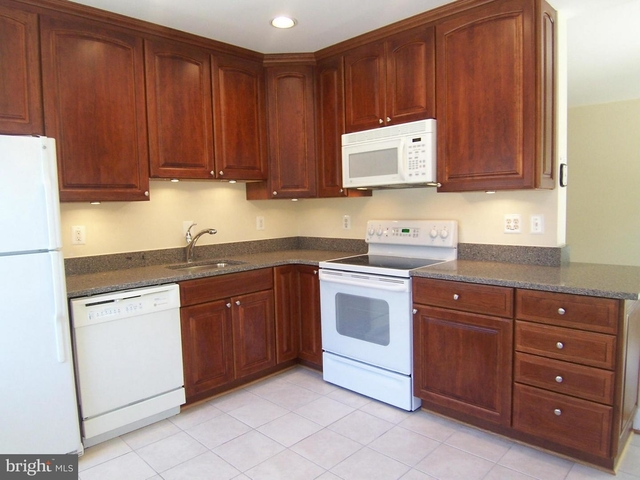 1 Bedroom, Canal Place Condominiums Rental in Washington, DC for $1,895 - Photo 1