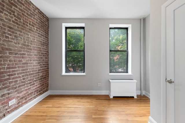 1 Bedroom, SoHo Rental in NYC for $2,100 - Photo 1