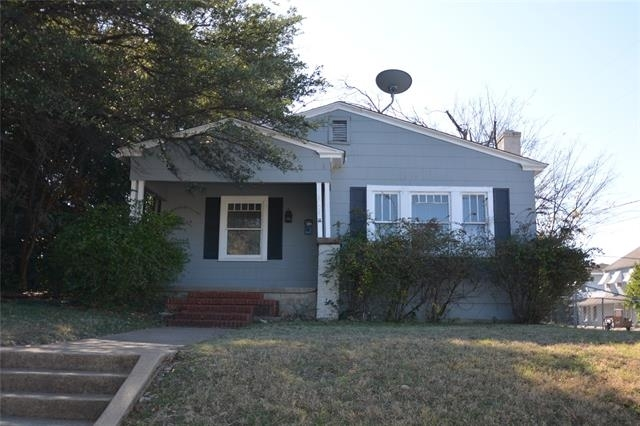 2 Bedrooms, Country Club Heights Rental in Dallas for $1,100 - Photo 1