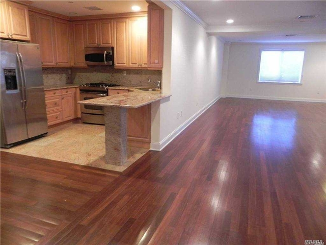 2 Bedrooms, Great Neck Plaza Rental in Long Island, NY for $4,450 - Photo 1