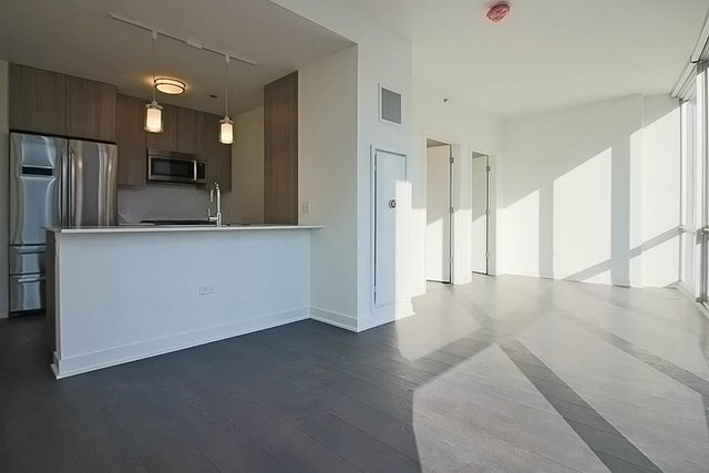 Studio, Streeterville Rental in Chicago, IL for $2,235 - Photo 1