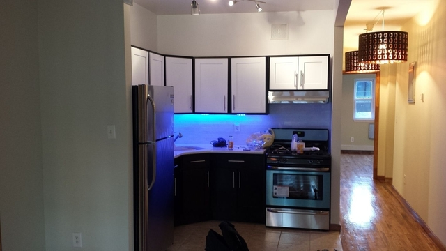 5 Bedrooms, Ocean Hill Rental in NYC for $3,000 - Photo 1