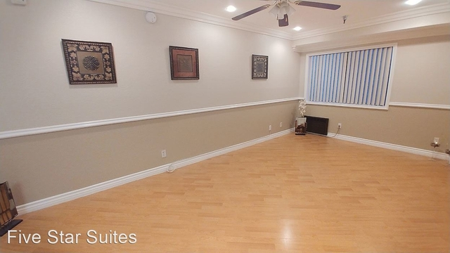 2 Bedrooms, Hollywood United Rental in Los Angeles, CA for $2,095 - Photo 1