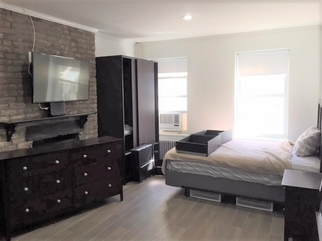 Studio, Hell's Kitchen Rental in NYC for $1,695 - Photo 1