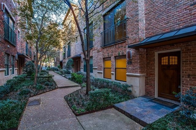 2 Bedrooms, Uptown Rental in Dallas for $3,495 - Photo 1