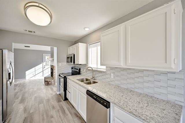 3 Bedrooms, Hulen Springs Meadow Rental in Dallas for $1,575 - Photo 1