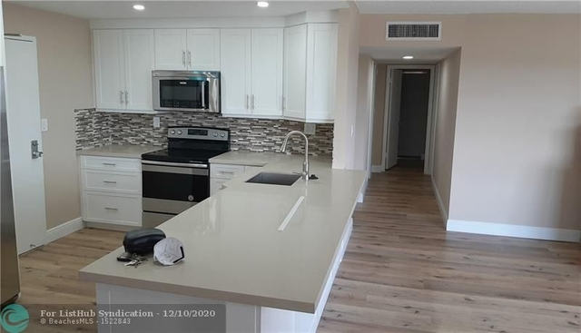 2 Bedrooms, Country Club Village Rental in Miami, FL for $1,650 - Photo 1
