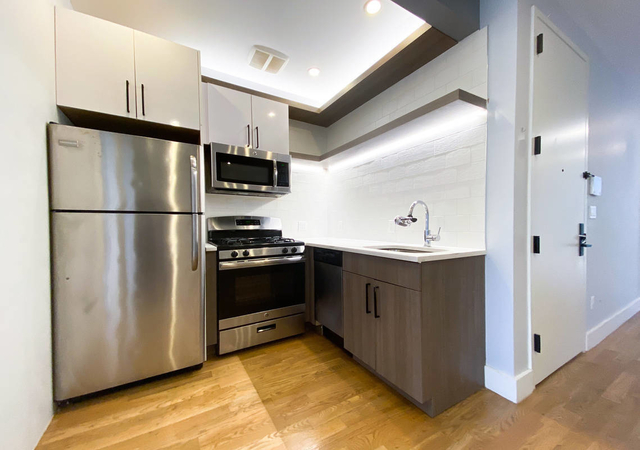 3 Bedrooms, Bushwick Rental in NYC for $3,025 - Photo 1