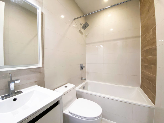3 Bedrooms, Bushwick Rental in NYC for $2,885 - Photo 1