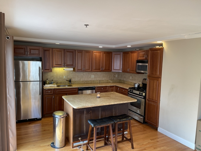 2 Bedrooms, D Street - West Broadway Rental in Boston, MA for $2,995 - Photo 1