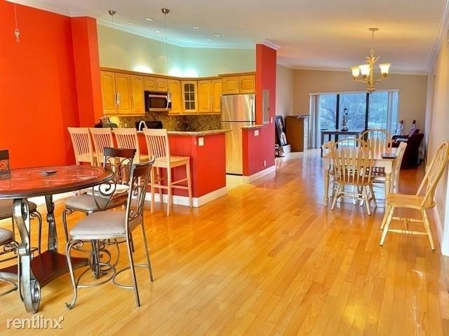 2 Bedrooms, Raintree Forest Condominiums Rental in Miami, FL for $1,650 - Photo 1