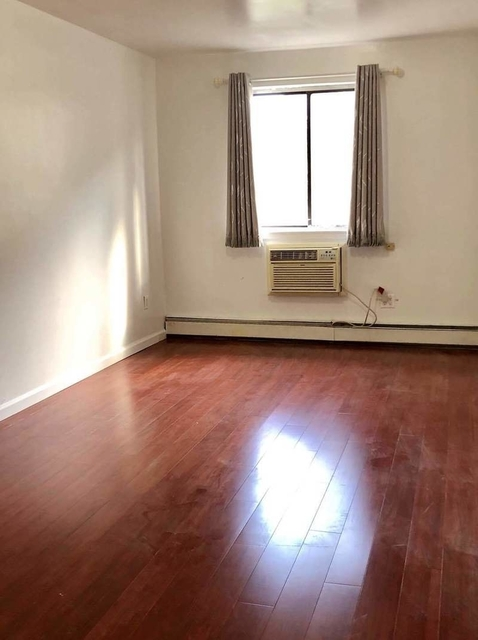 3 Bedrooms, Rego Park Rental in NYC for $2,850 - Photo 1