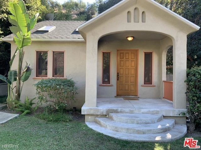 2 Bedrooms, Hollywood United Rental in Los Angeles, CA for $4,000 - Photo 1