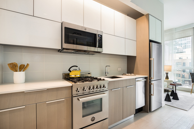 1 Bedroom, Theater District Rental in NYC for $2,614 - Photo 1