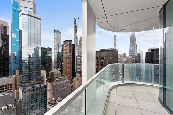 2 Bedrooms, Theater District Rental in NYC for $6,825 - Photo 1