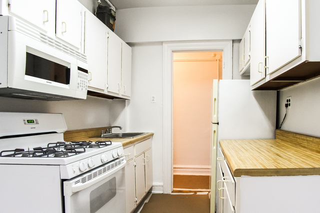 3 Bedrooms, East Village Rental in NYC for $2,916 - Photo 1