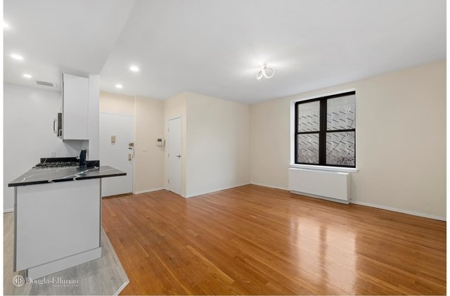 3 Bedrooms, Lincoln Square Rental in NYC for $4,850 - Photo 1