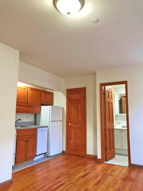 Studio, Hell's Kitchen Rental in NYC for $1,460 - Photo 1