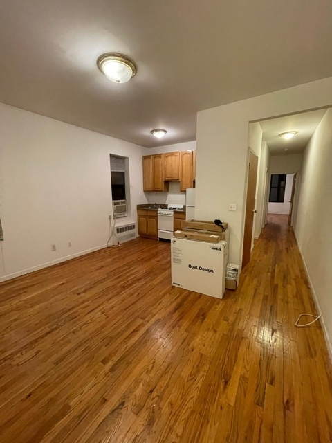 2 Bedrooms, Yorkville Rental in NYC for $2,065 - Photo 1