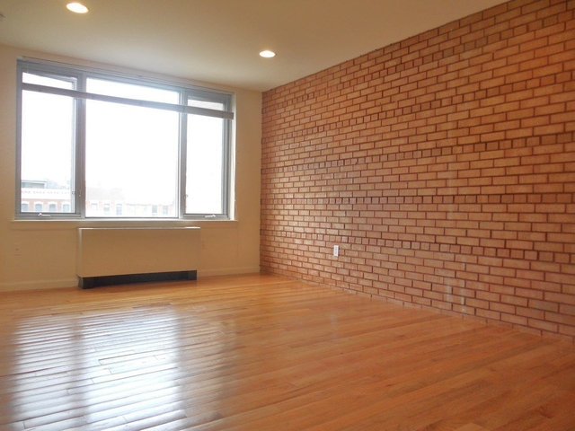 2 Bedrooms, Alphabet City Rental in NYC for $3,163 - Photo 1