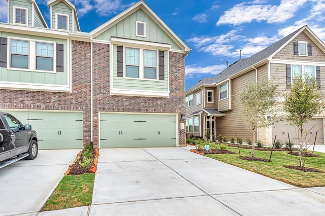 3 Bedrooms, Fulshear-Simonton Rental in Houston for $2,200 - Photo 1