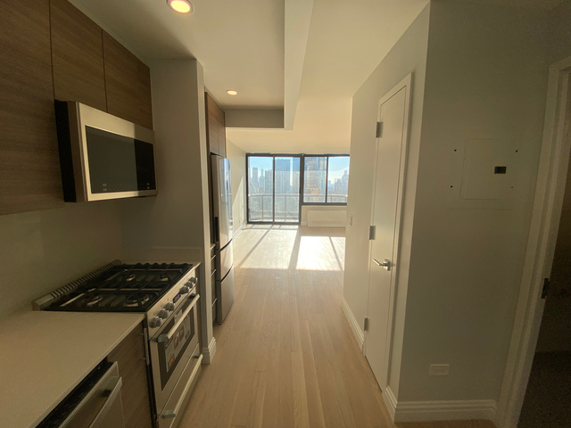Studio, Theater District Rental in NYC for $3,163 - Photo 1
