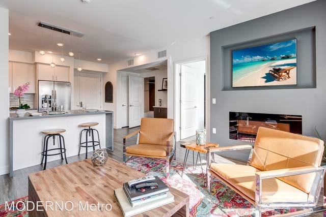 2 Bedrooms, NoHo Arts District Rental in Los Angeles, CA for $3,322 - Photo 1