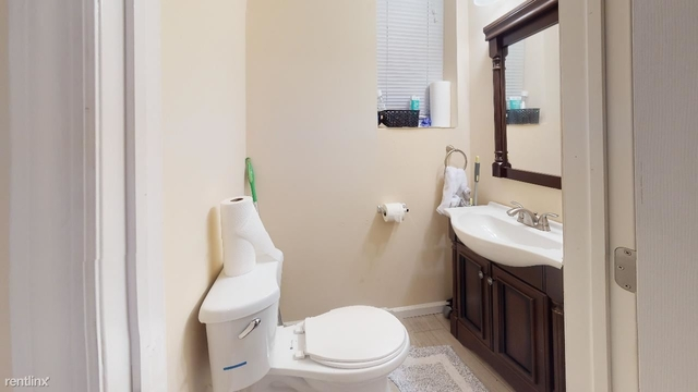 8 Bedrooms, Spruce Hill Rental in Philadelphia, PA for $4,680 - Photo 1