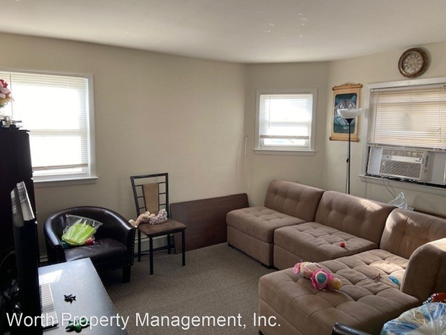 3 Bedrooms, Uniondale Rental in Long Island, NY for $2,400 - Photo 1