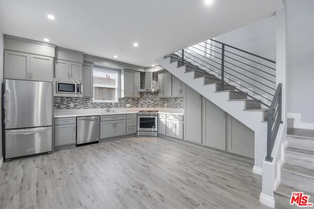 3 Bedrooms, Inglewood Rental in Los Angeles, CA for $4,000 - Photo 1