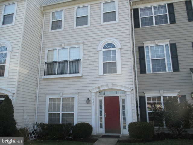 3 Bedrooms, Cameron Park West Rental in Washington, DC for $2,995 - Photo 1