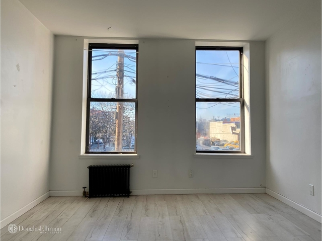 2 Bedrooms, Red Hook Rental in NYC for $1,650 - Photo 1