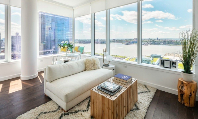 2 Bedrooms, Hell's Kitchen Rental in NYC for $5,417 - Photo 1
