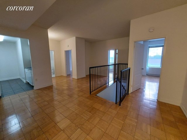 3 Bedrooms, Hell's Kitchen Rental in NYC for $4,583 - Photo 1