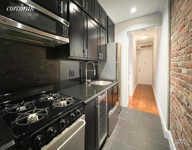 3 Bedrooms, Gramercy Park Rental in NYC for $3,895 - Photo 1